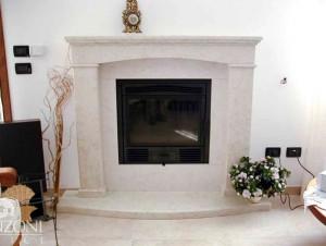 Cornice camino marmo classico