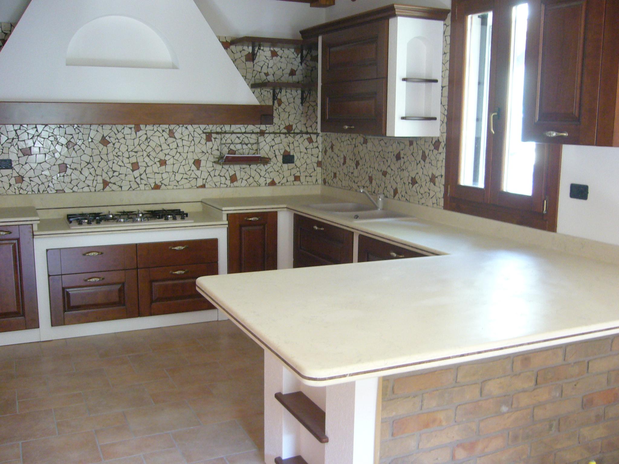 Pin in marmo cucine moderne pietra piani di cucina on for Piani di cucina