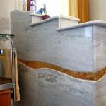 Rivestimento-bagno-marmo-mosaico